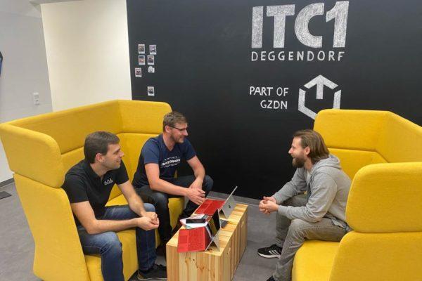 Treffen zwischen S.A.I. Schweiger und easy2parts im Gründerzentrum in Deggendorf